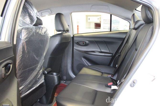 Không gian hàng ghế sau là một nhược điểm lớn cho vios khi vị trí này chỉ thoải mái cho những người có chiều cao dưới 1m67