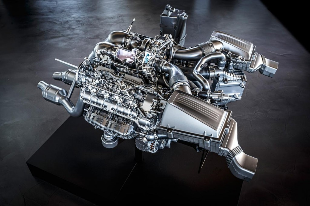 Động cơ V8 4.0L Twin-Turbo thế hệ mới của Mercedes AMG