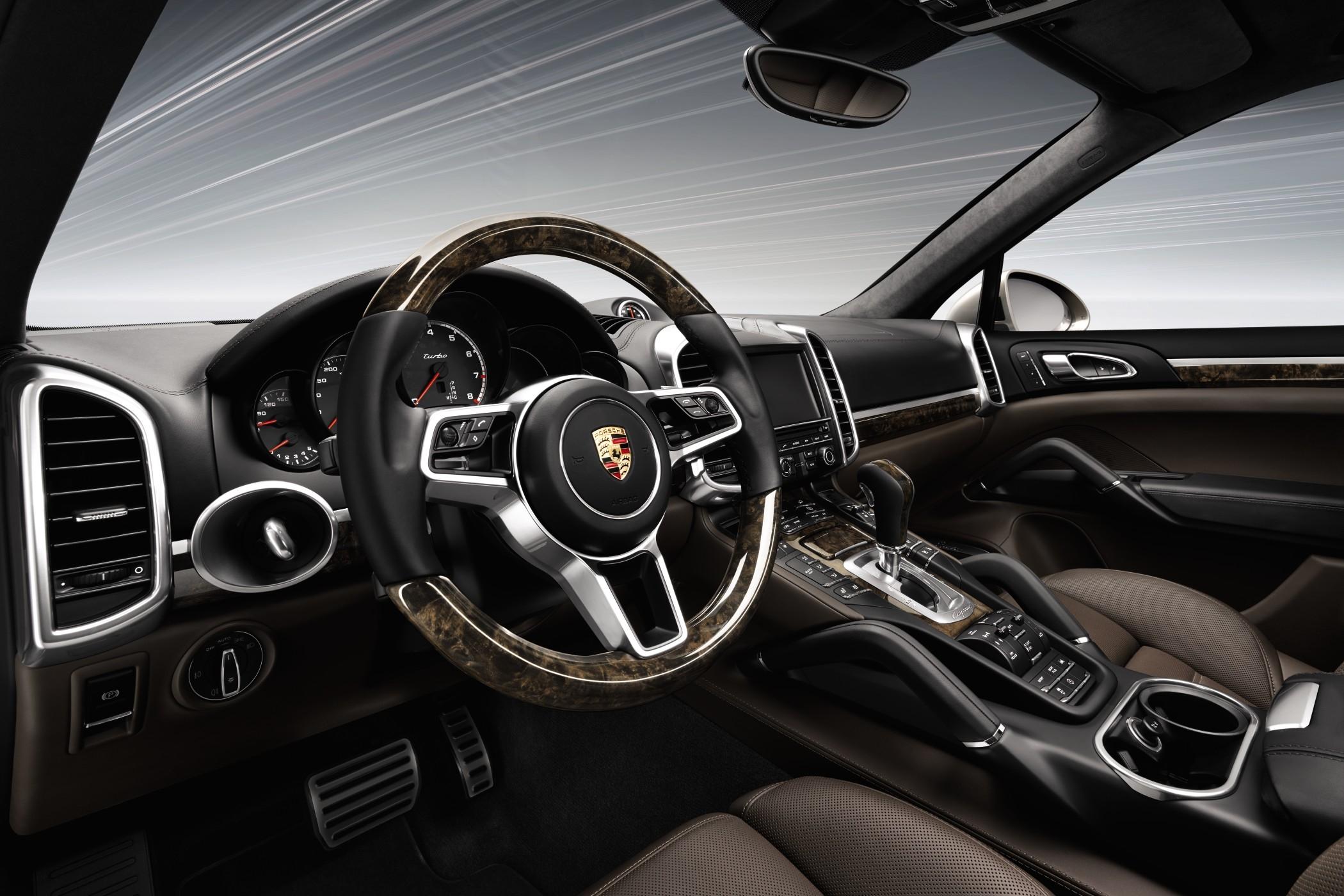 Porsche Cayenne Turbo2015