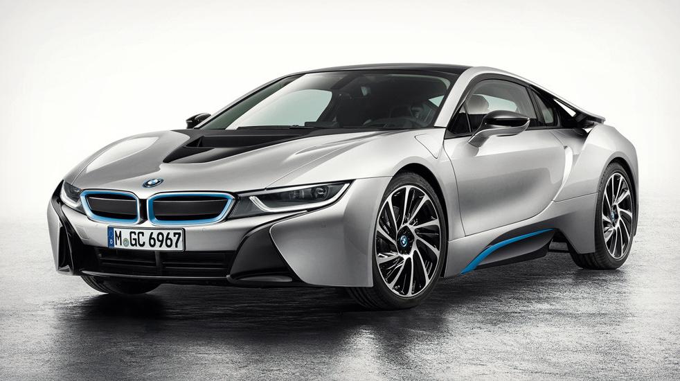 BMW i8 được thiết kế hiện đại, mang đậm phong cách thể thao