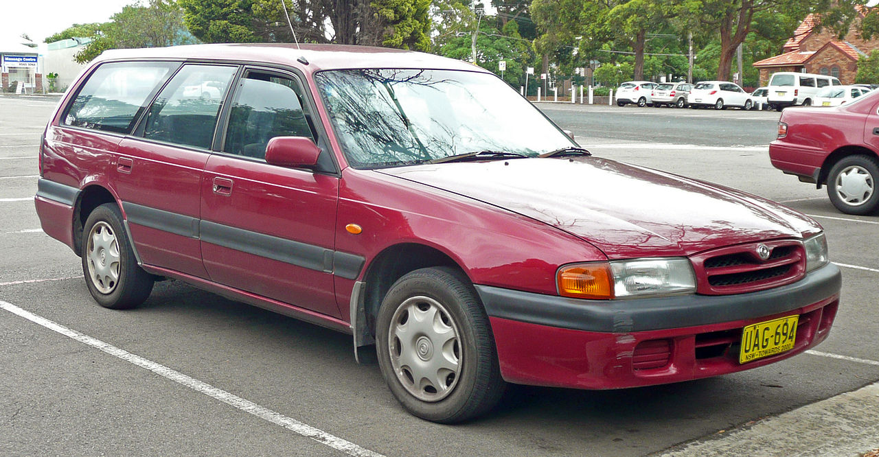 Mazda 626 station wagon 5