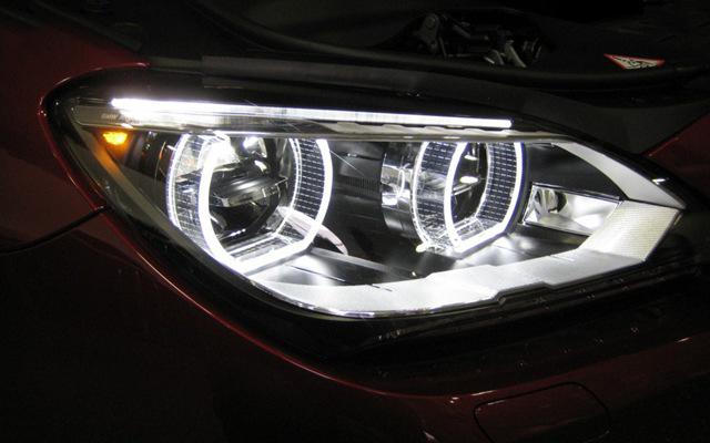 Hình ảnh cụm đèn pha công nghệ LED trêb BMW