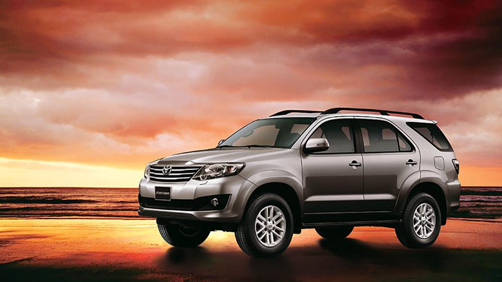 Toyota đưa ra hàng loạt các phiên bản Fortuner 2014