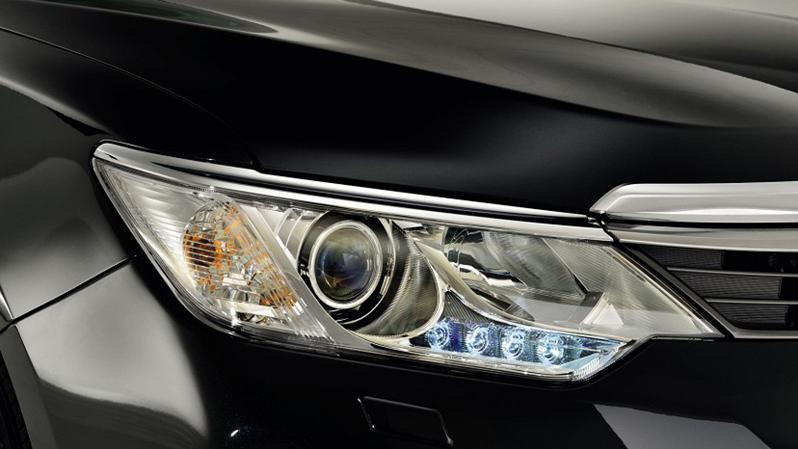 Hệ thống đèn pha LED tinh tế
