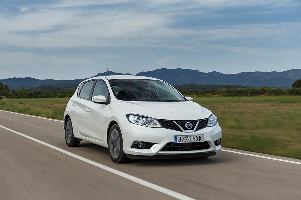 Nissan vừa công bố những hình ảnh và thông tin chính thức của mẫu Hatchback Pulsar hoàn toàn mới