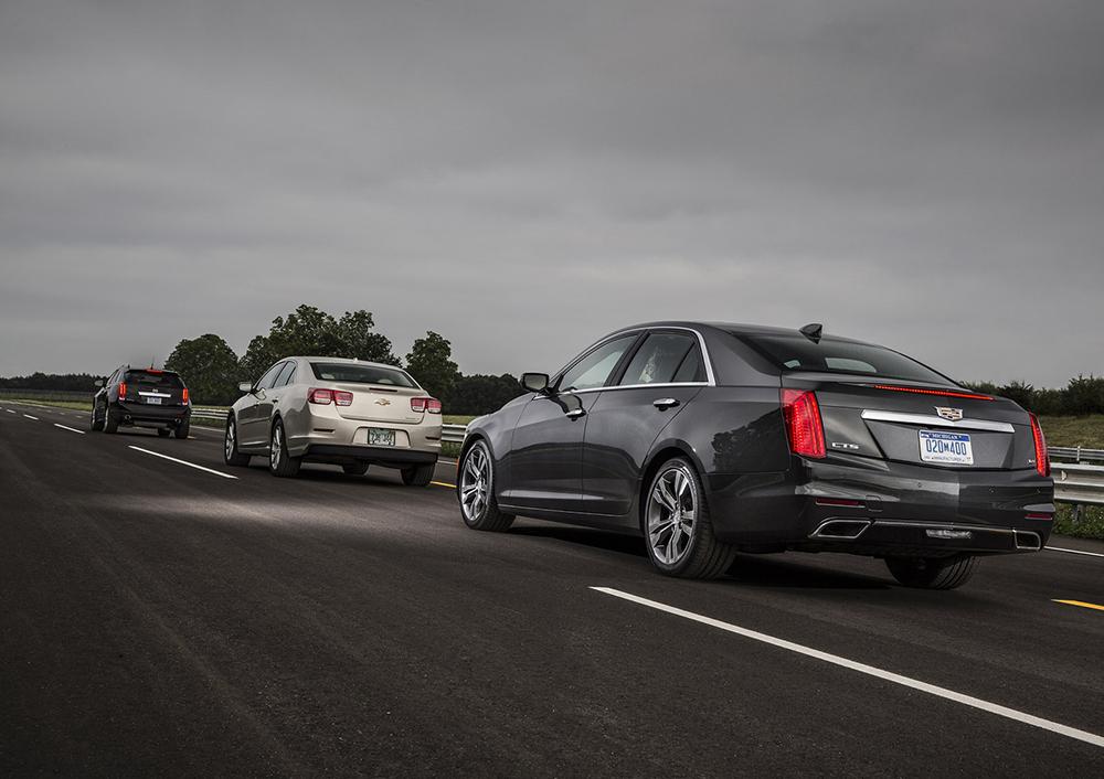 GM giới thiệu những công nghệ tự động và giao tiếp mới