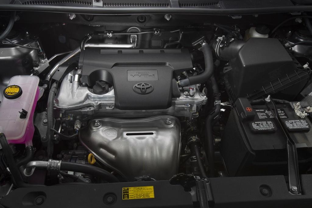 RAV4 2014 được trang bị động cơ tăng áp I4 2.5L