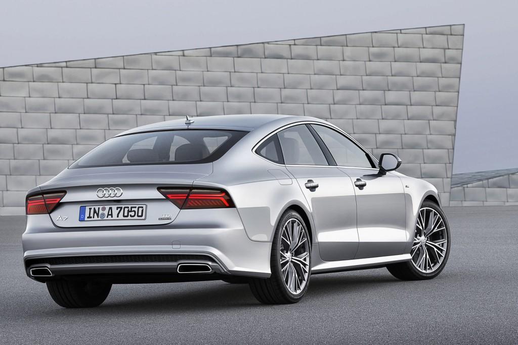 Phong cách thiết kế Audi A7 Facelift 2016 tương tự như trên mẫu Sedan sang trọng A8 2015 hay mẫu xe thể thao TT 2016