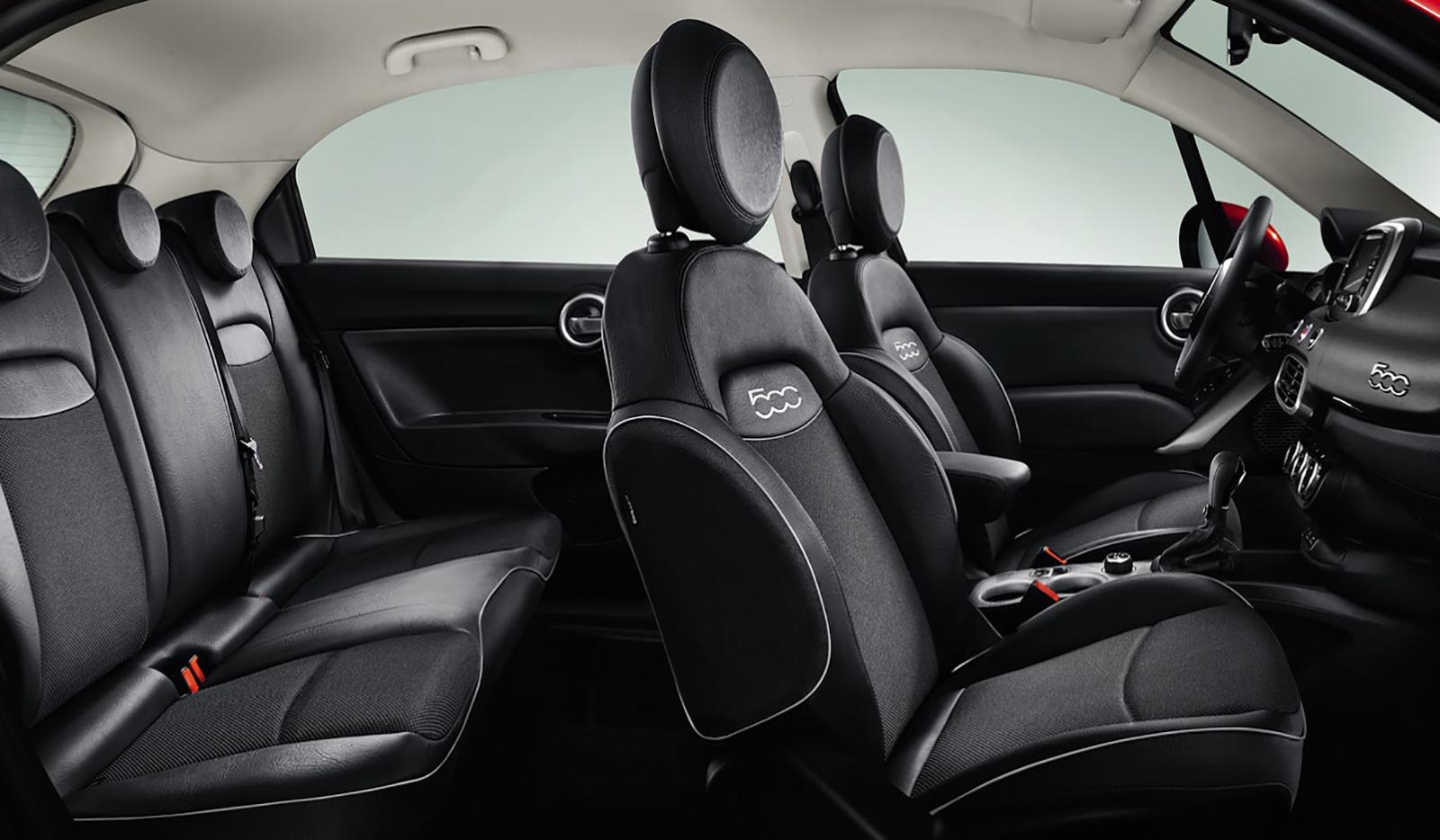 Fiat 500X có thiết kế mềm mại, được phát triển trên cùng nền tảng với chiếc Jeep Renegade