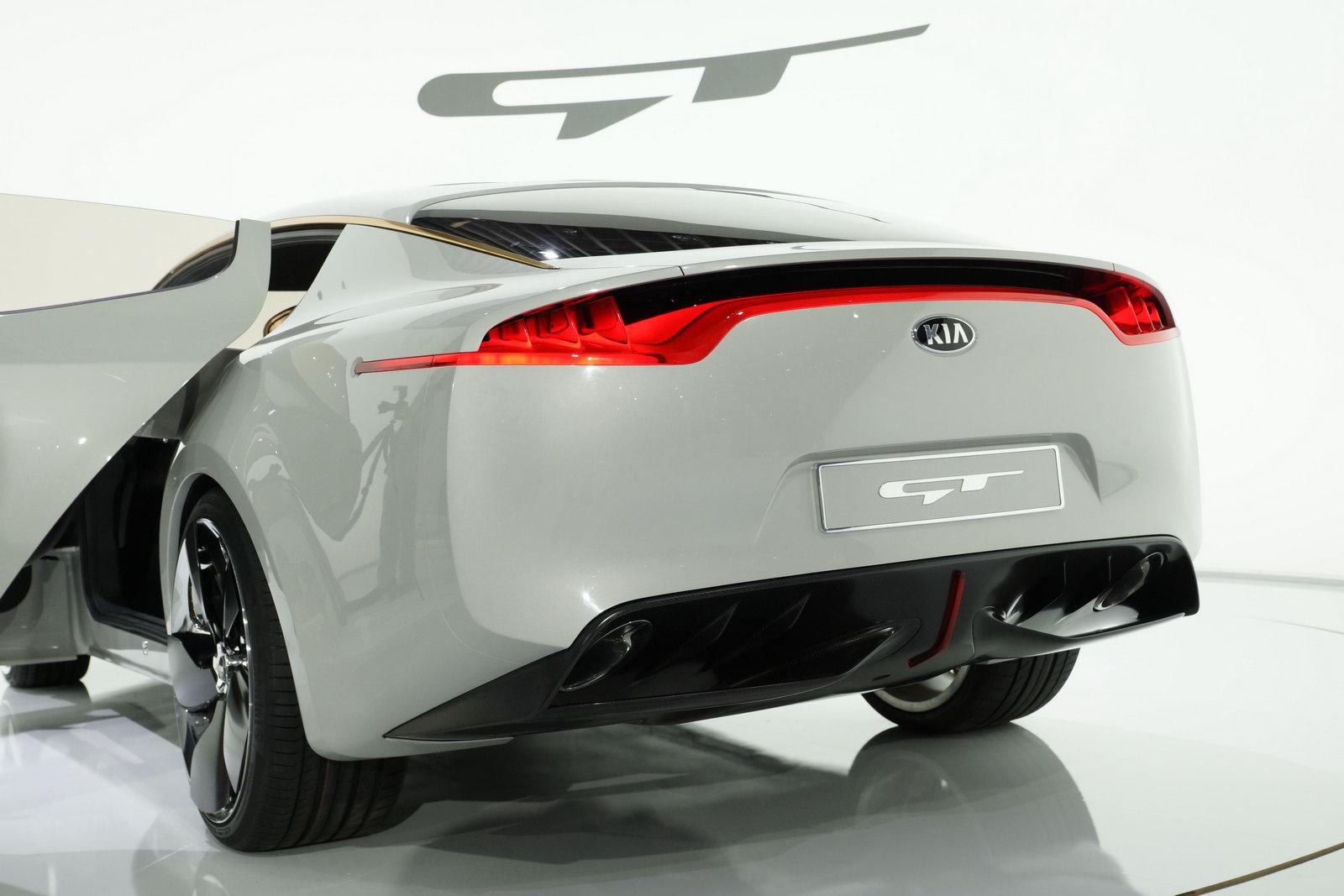 KIA GT Concept ra mắt tại triển lãm xe hơi Frankfurt 2011