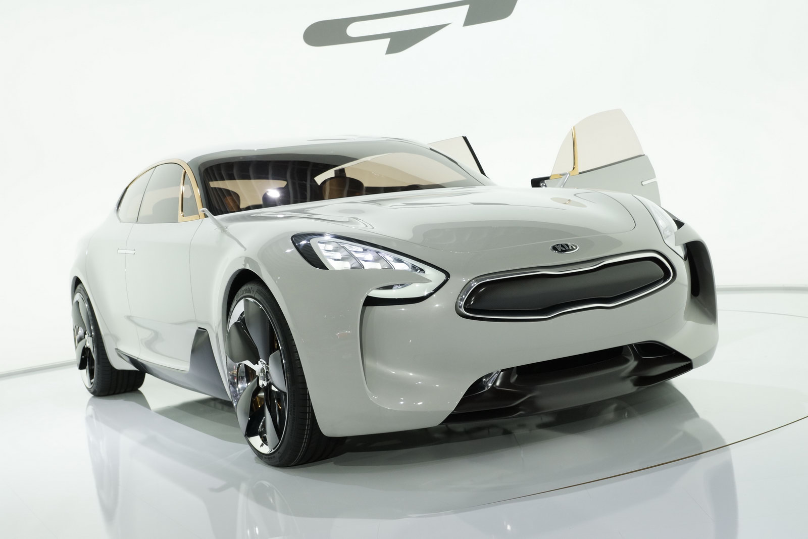 KIA GT Concept tại triển lãm xe hơi Frankfurt 2011