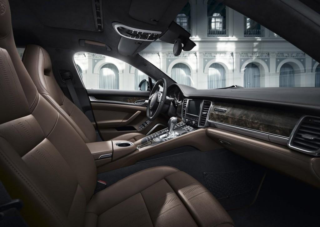 Nội thất của Porsche Exclusive Series có thiết kế thanh lịch và sang trọng