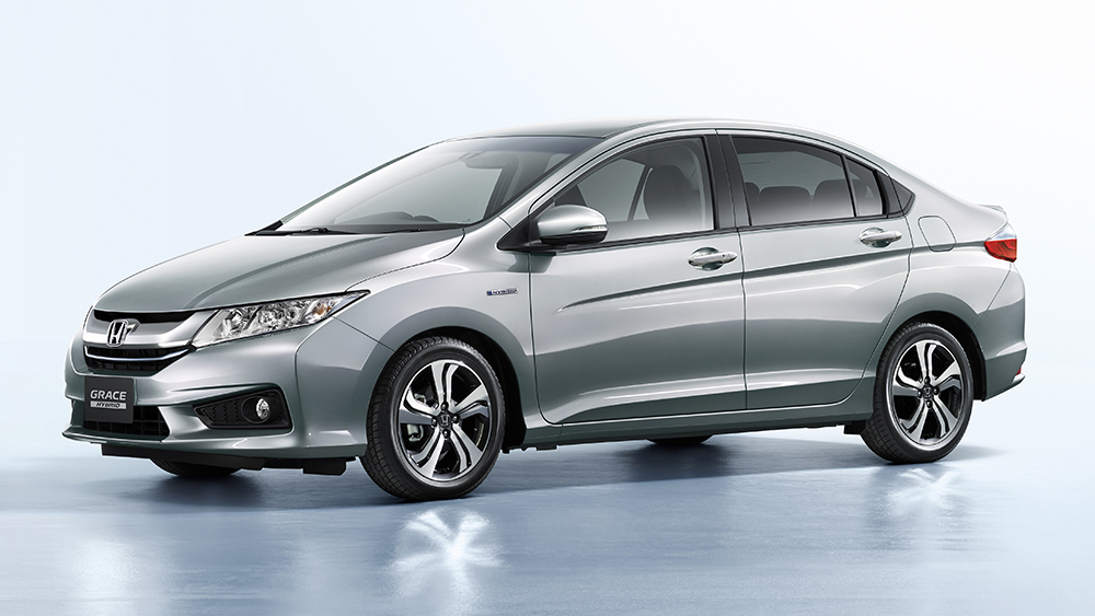 Ngoại thất của Honda Grace khá giống với mẫu Honda City 2014