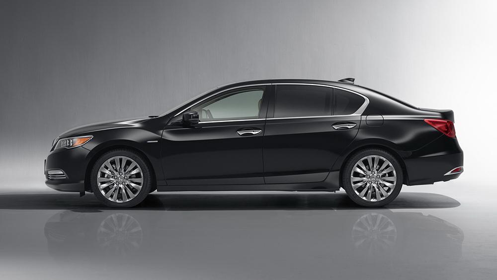 Honda vừa cho ra mắt Legend 2015