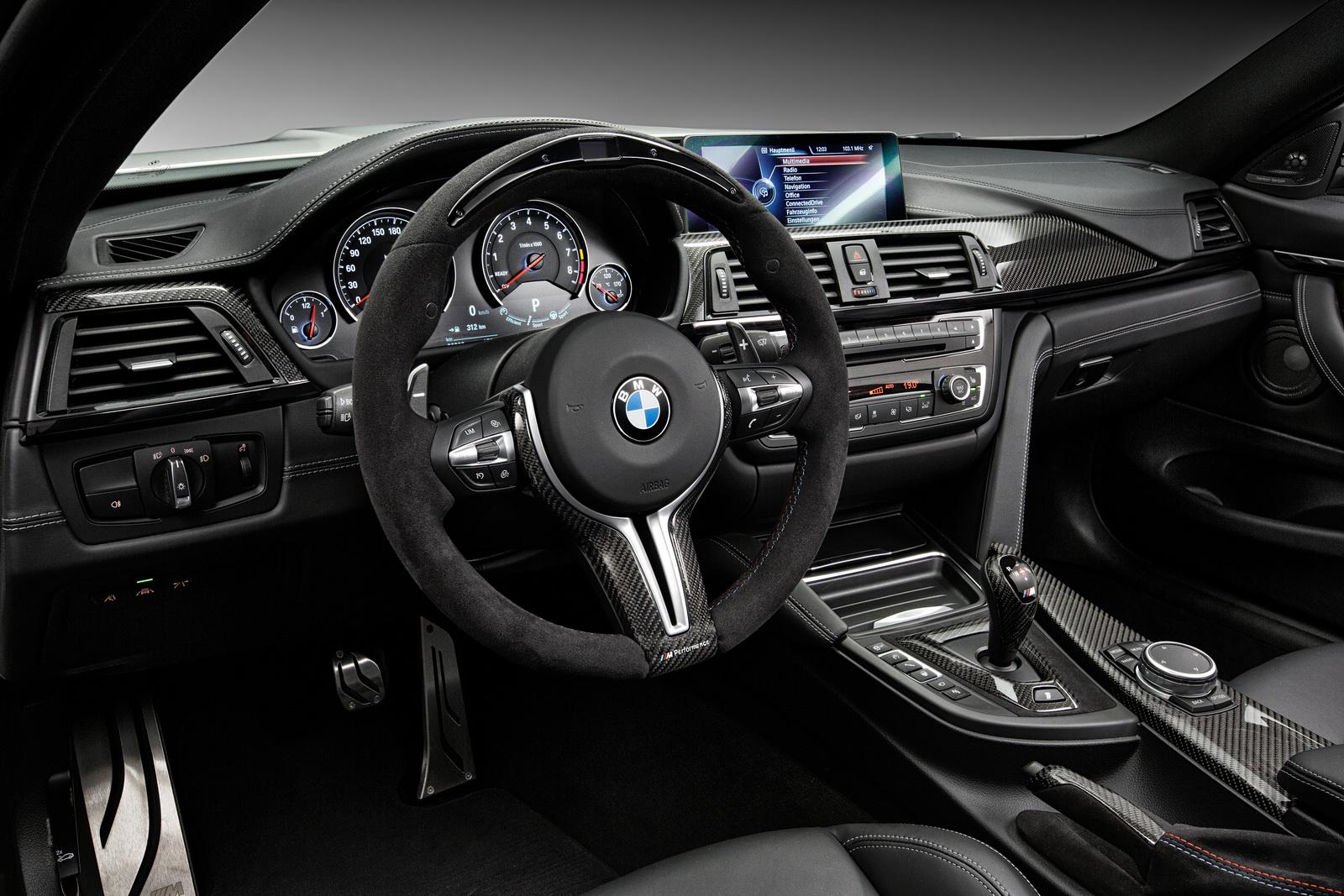 Ngoại thất thể thao độc đáo của BMW M4