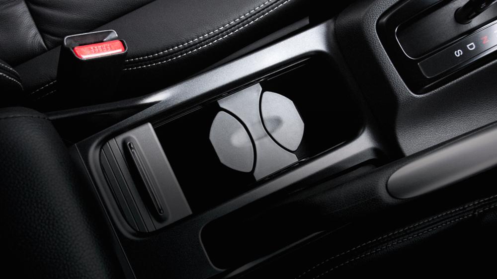 Nội thất của Honda Civic Facelift 2014 không có nhiều thay đổi so với thế hệ trước