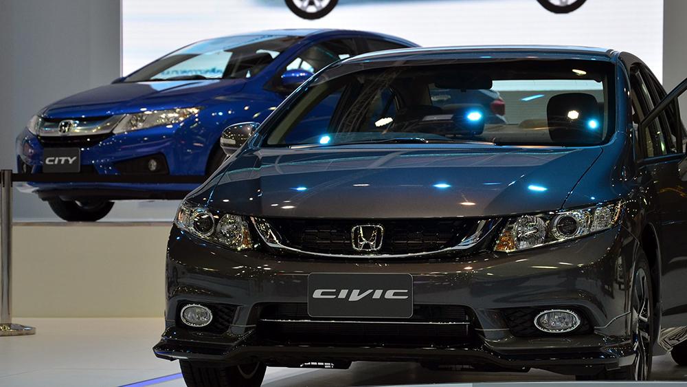 Honda Civic Facelift 2014 vừa cập bến Malaysia