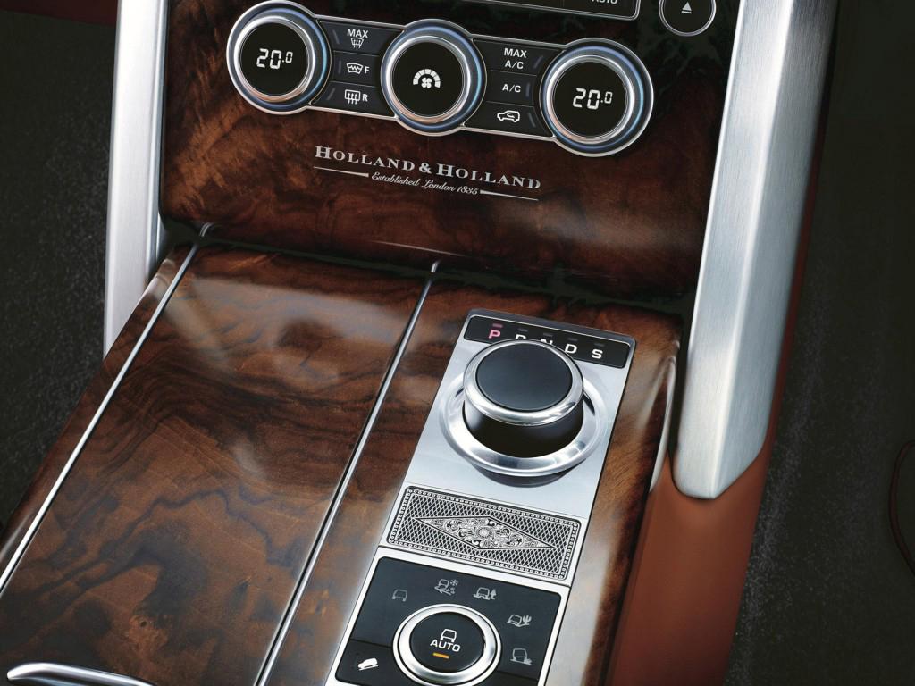Nội thất siêu sang trọng của Ranger Rover Holland & Holland