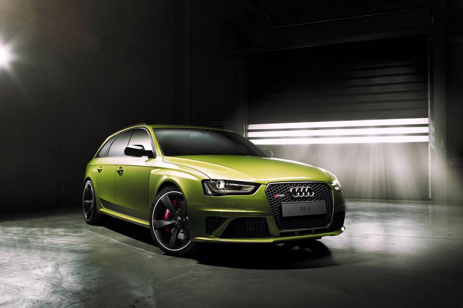 Audi vừa ra mắt mẫu xe thể thao ấn tượng RS4 Avant