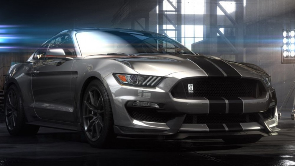 Ford ra mắt Mustang Shelby GT350