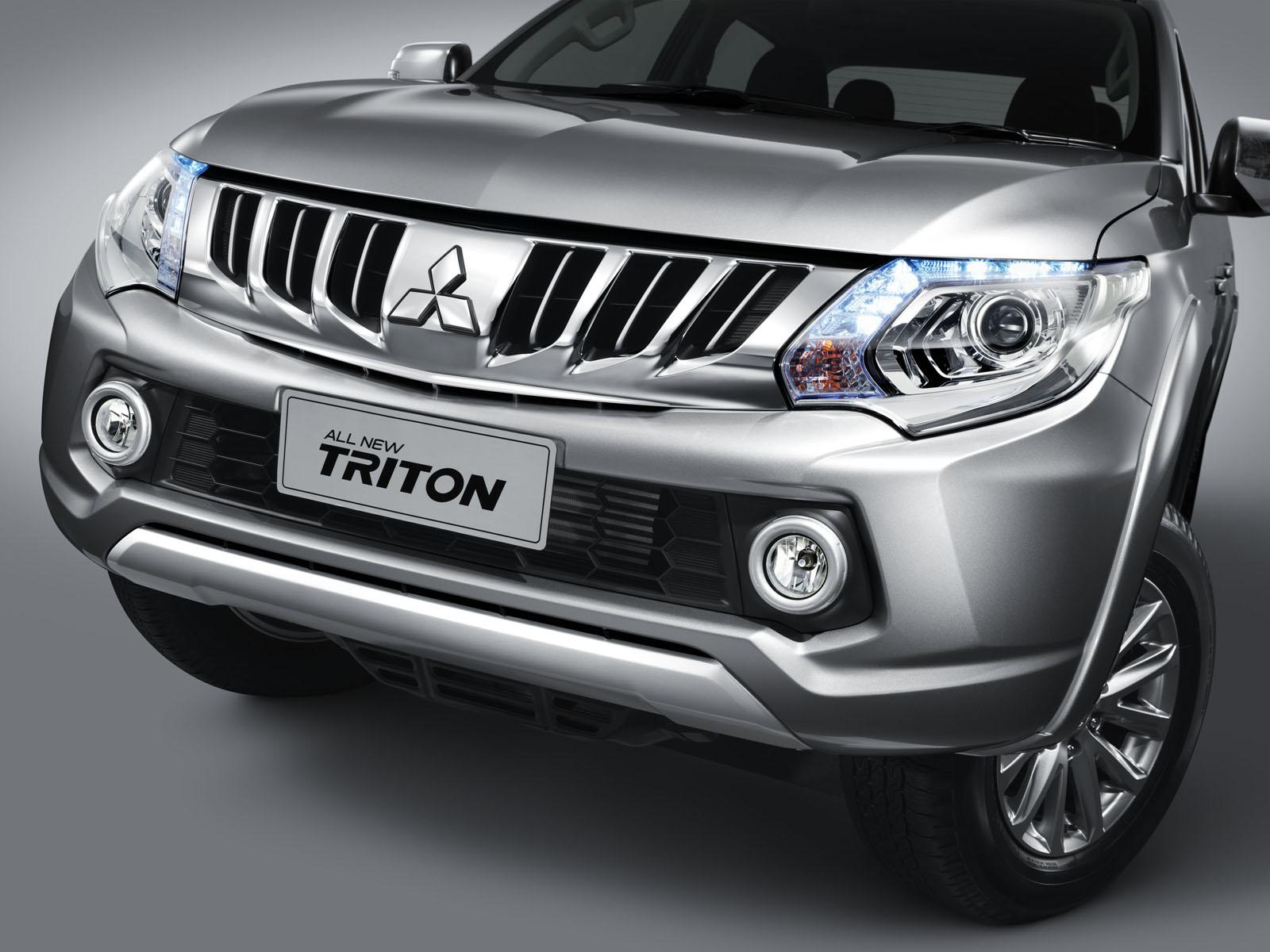 Ngoại thất Mitsubishi Triton 2015 khá bắt mắt