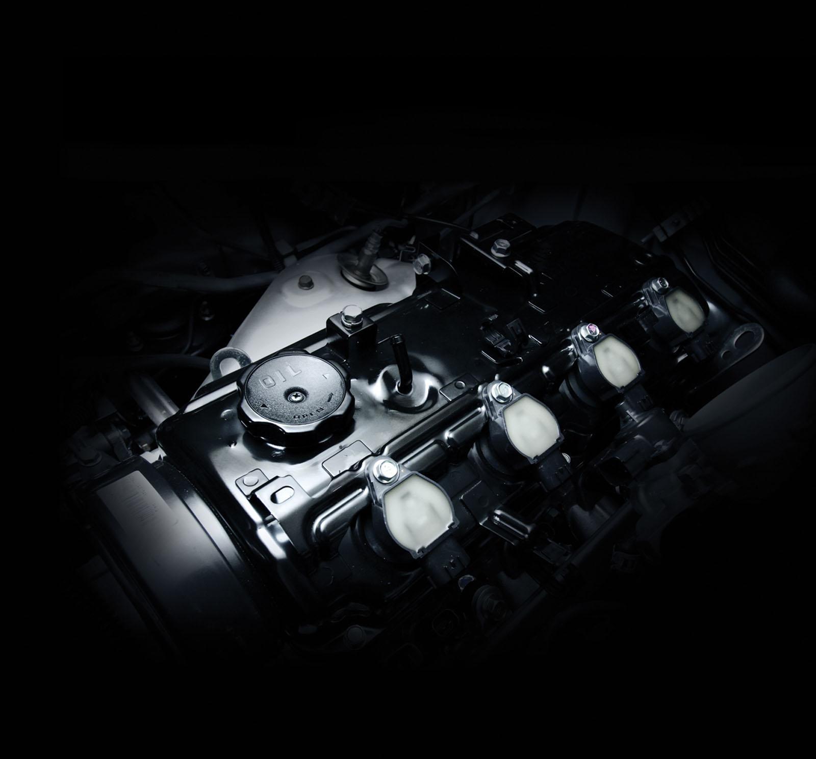 Động cơ Diesel 2.4L hoàn toàn mới trên Triton 2015