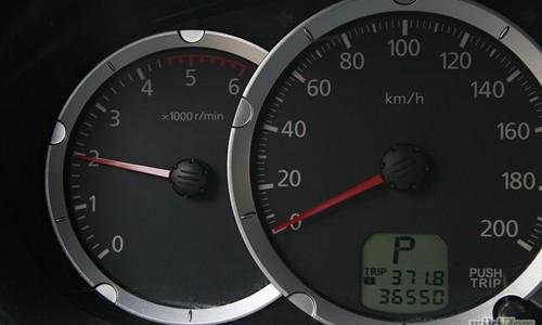12 kinh nghiệm xử lý khi động cơ xe quá nóng ! 18