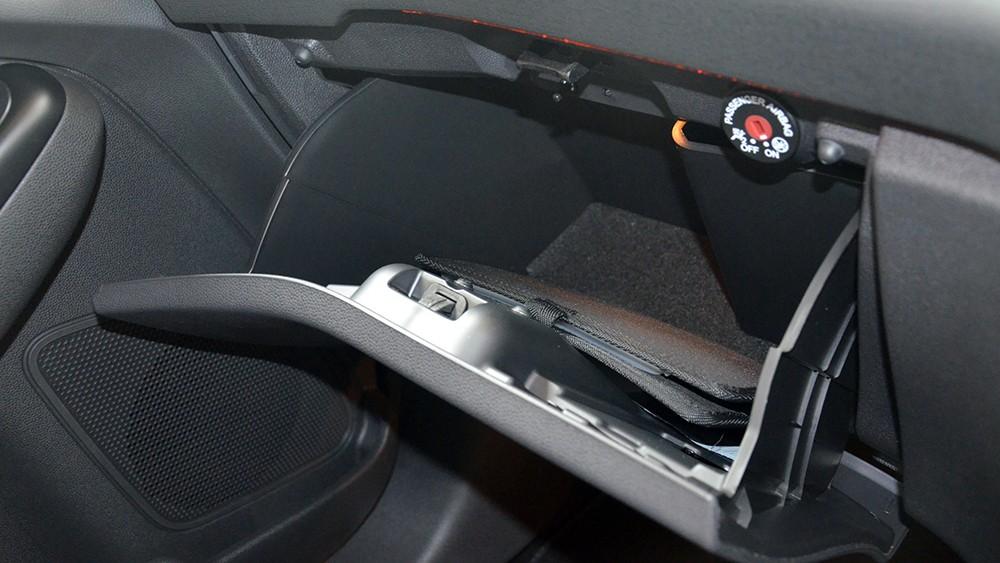 Nội thất ấn tượng của Ford Fiesta ST: