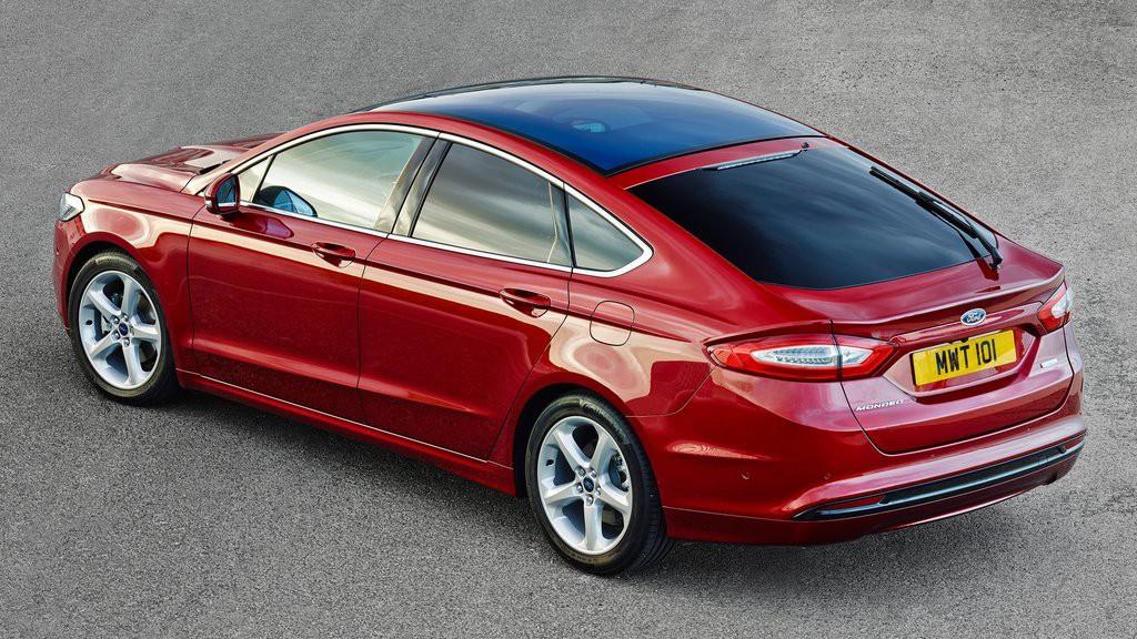 Ngoại thất tinh tế và trẻ trung hơn của Ford Mondeo 2015