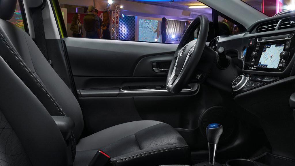 Prius C thế hệ mới được bổ sung nhiều tiện ích