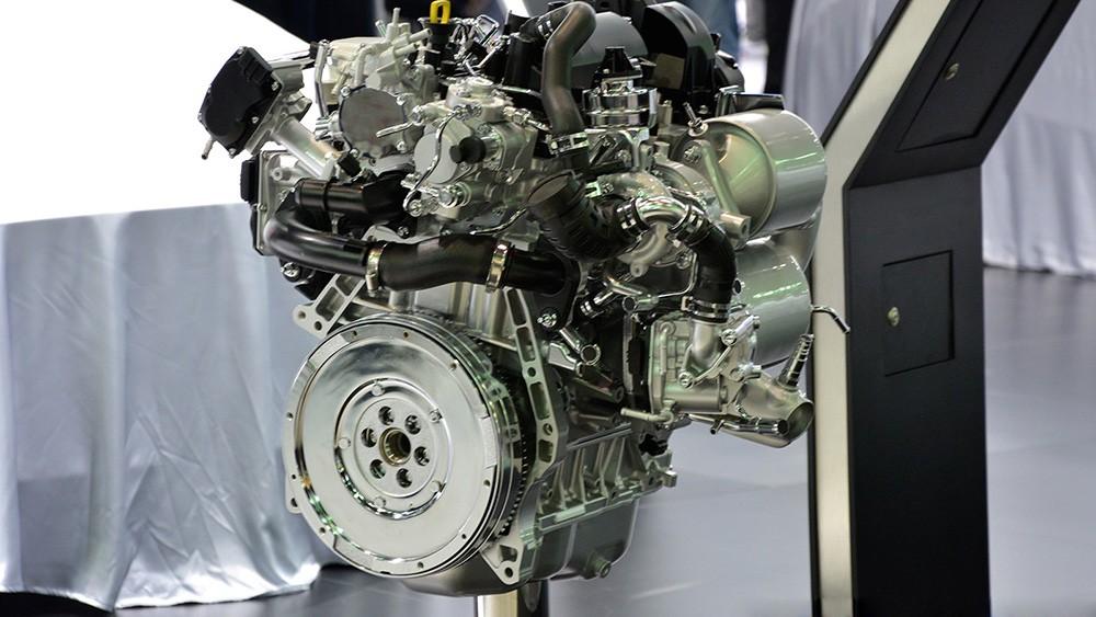 Động cơ Diesel tăng áp SKYACTIV-D 1.5L hoàn toàn mới