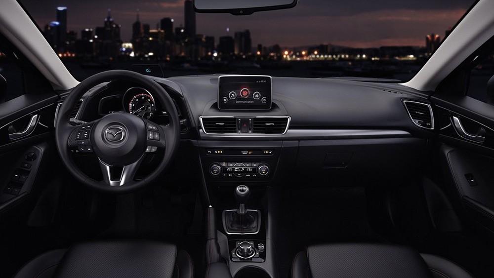 Mazda 3 tích hợp nhiều tiện ích hiện đại