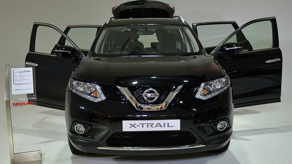 h nh nh chi ti t nissan x trail 2015 t i th tr ng ng nam. Black Bedroom Furniture Sets. Home Design Ideas