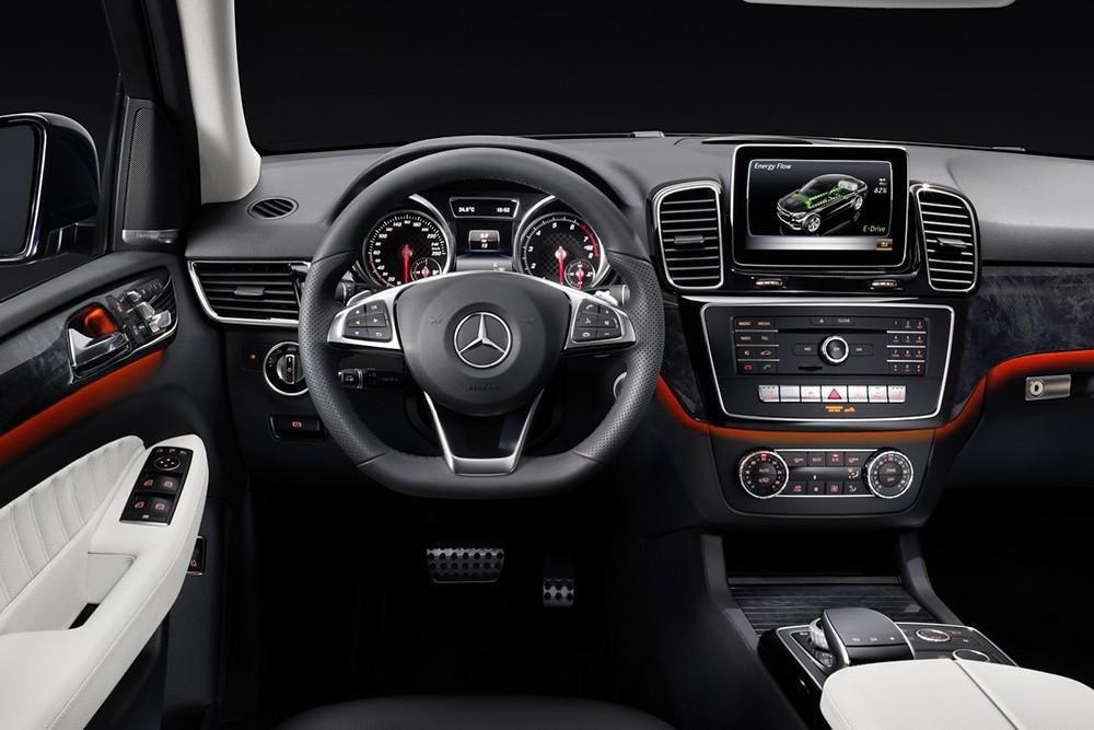 Mercedes-Benz GLE 2016