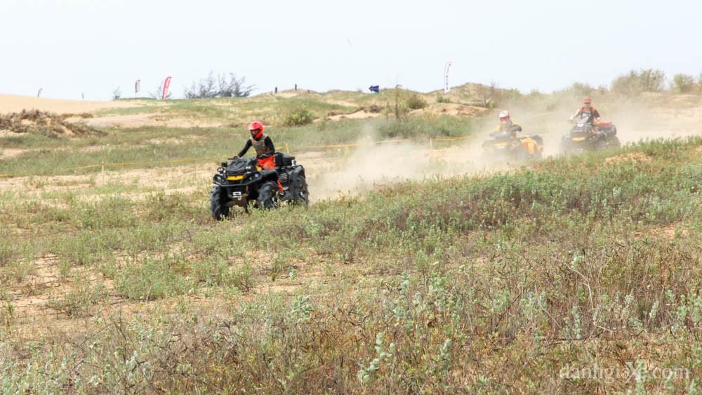 xe địa hình vượt đồi cát - ATV/UTV