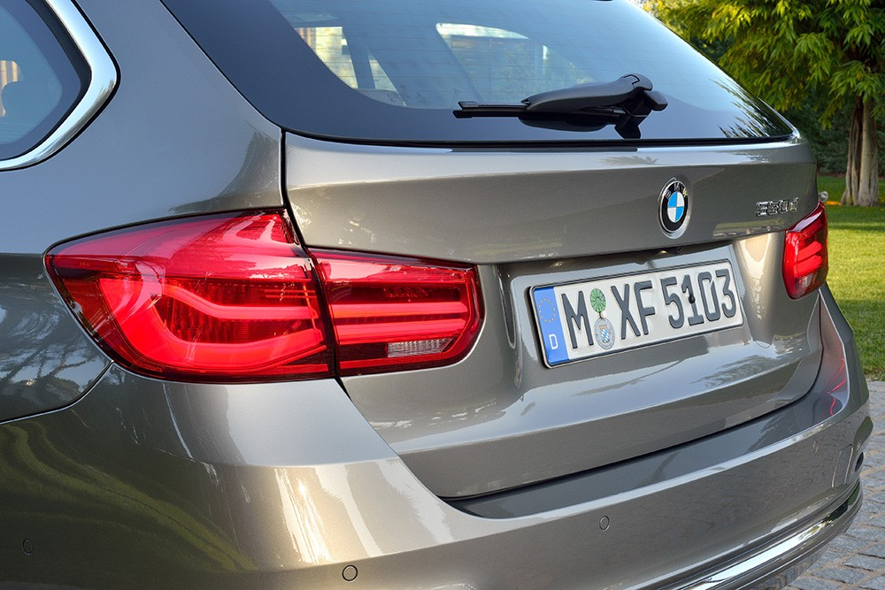 BMW 320d Touring Luxury Line