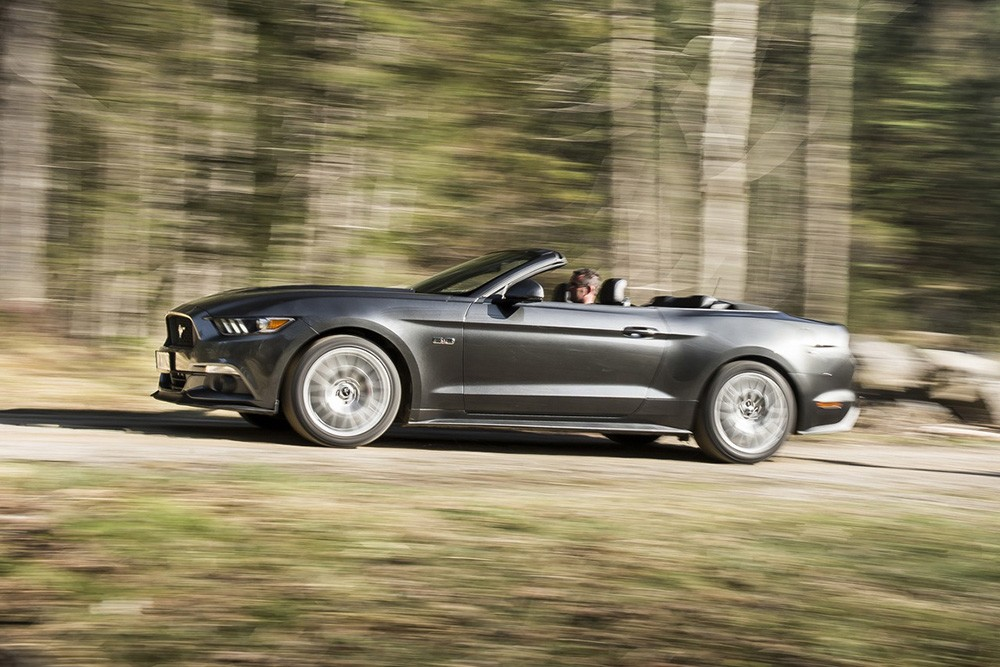 Ford Mustang S550 Convertible