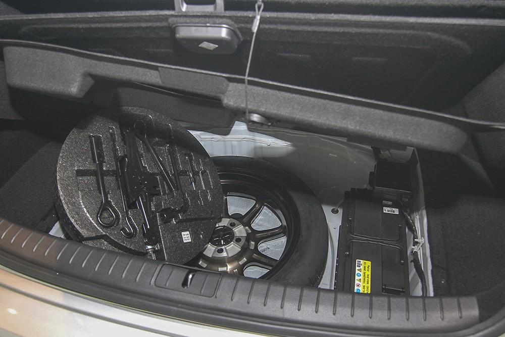 Hyundai Genesis