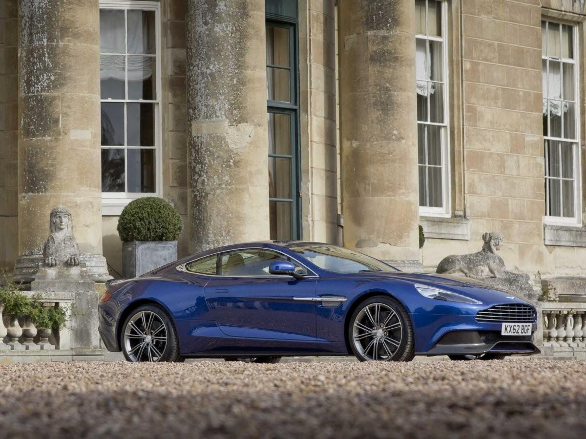 Hình ảnh ô tô đẹp nhất thế giới Aston Martin Vanquish