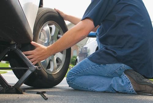 Lưu ý khi sử dụng và bảo dưỡng xe ô tô - nên thay lốp sau