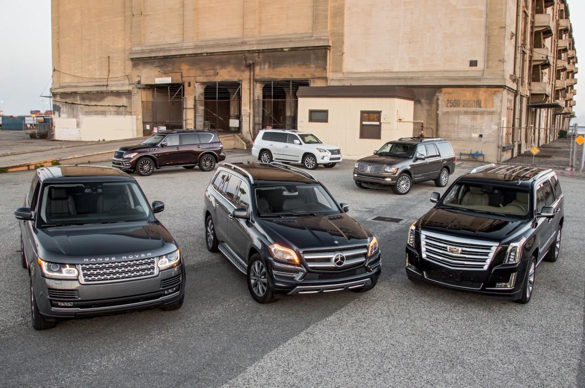 So sánh SUV hạng sang cỡ lớn: Cadillac Escalade vs. Lexus ...