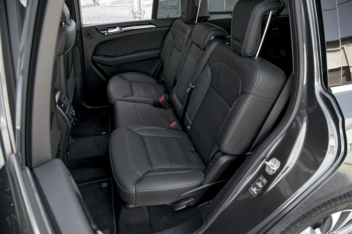 So s nh suv h ng sang c l n cadillac escalade vs lexus for 2015 mercedes benz gl class seating capacity