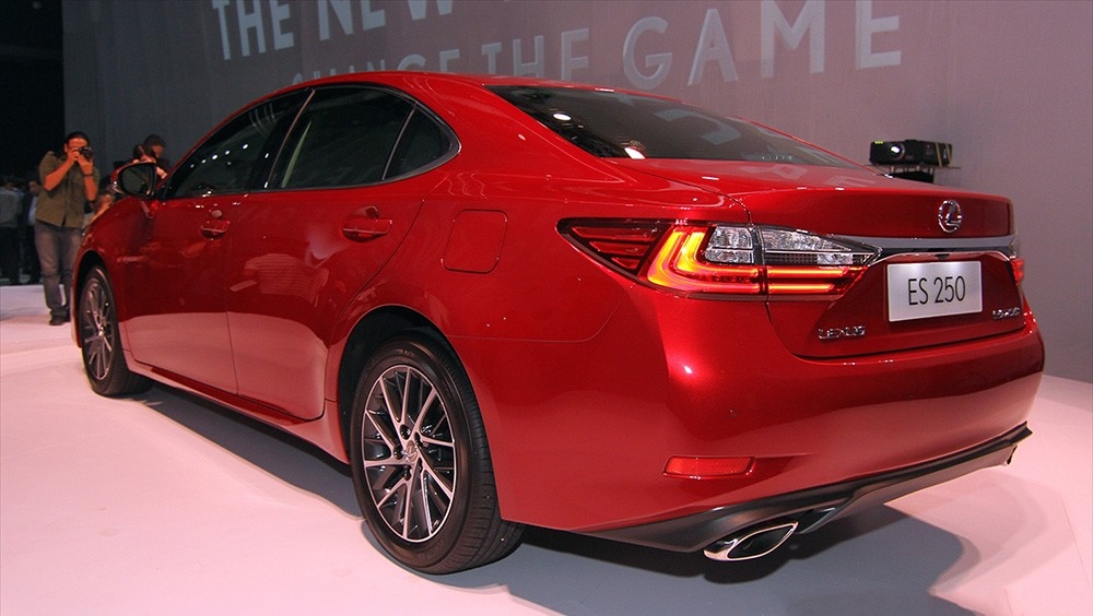 Lexus ES 250 2015