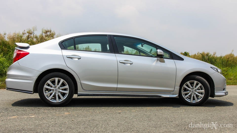 Honda Civic 2016 giá bao nhiêu? Đánh giá xe Civic 2016