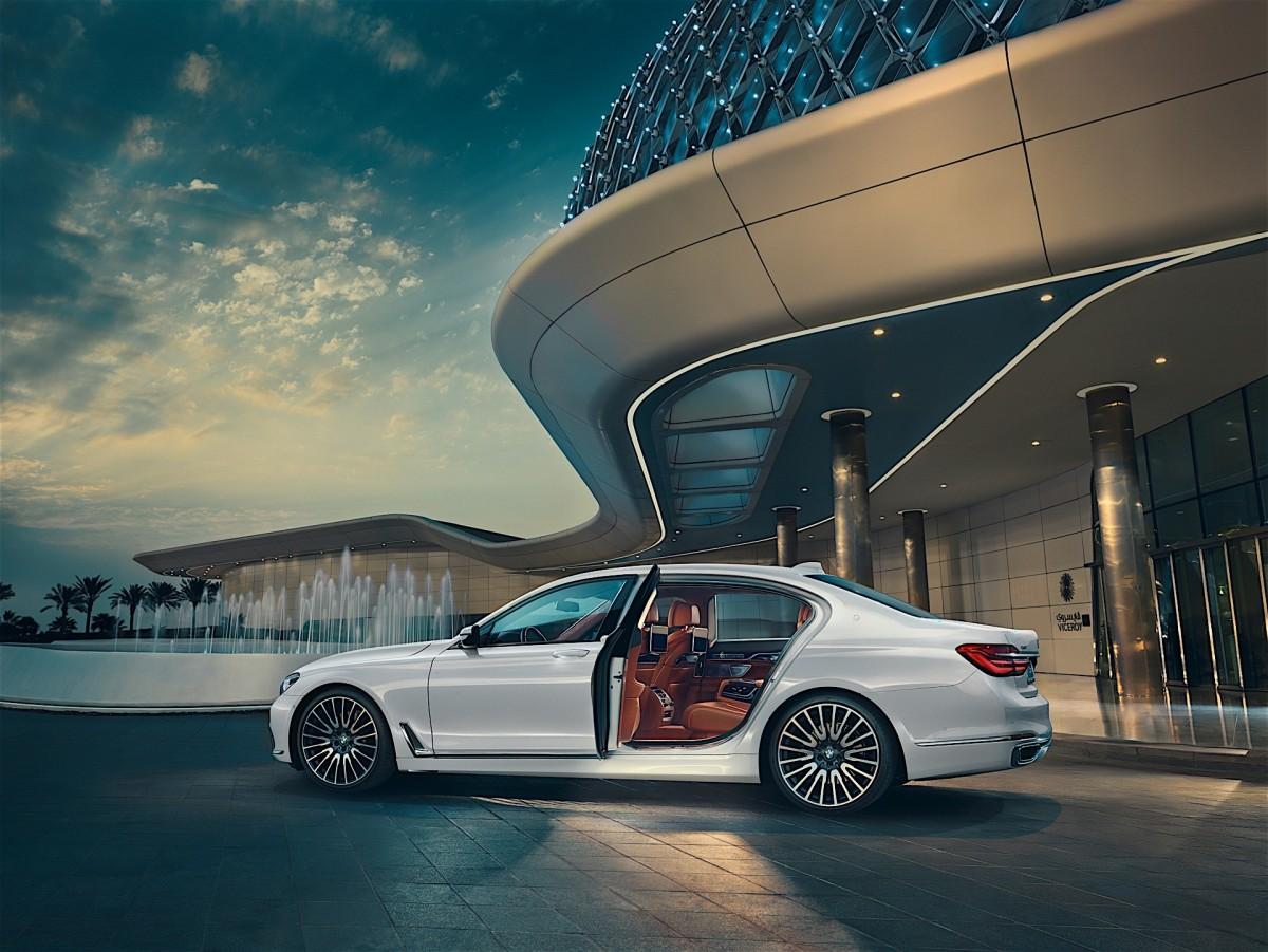 Hãng BMW giới thiệu hai phiên bản đặc biệt với số lượng giới hạn 2