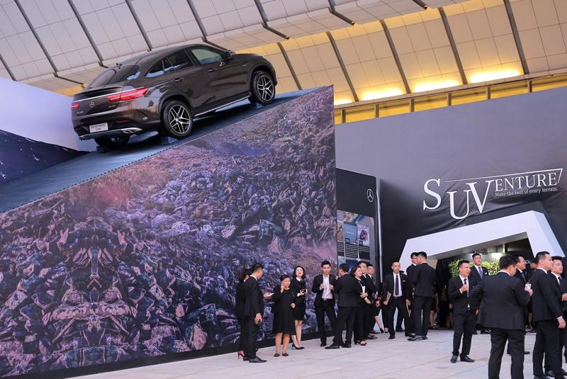 """Sau triễn lãm """"SUVenture"""" Mercedes ký được gần 350 đơn hàng 3"""