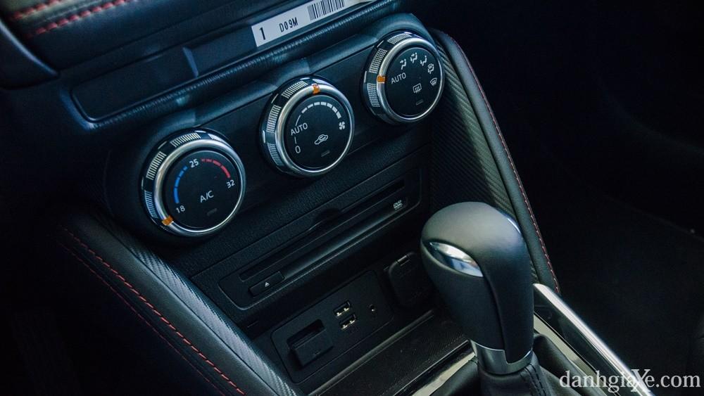 Đánh giá xe Mazda 2 2016, thiết kế nội ngoại thất & giá xe Mazda2 mới nhất 9
