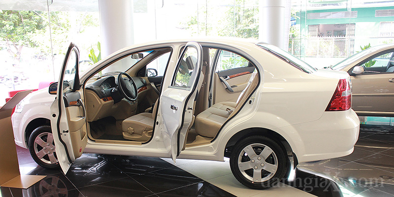 Nh Gi Xe Chevrolet Aveo Gentra 2012