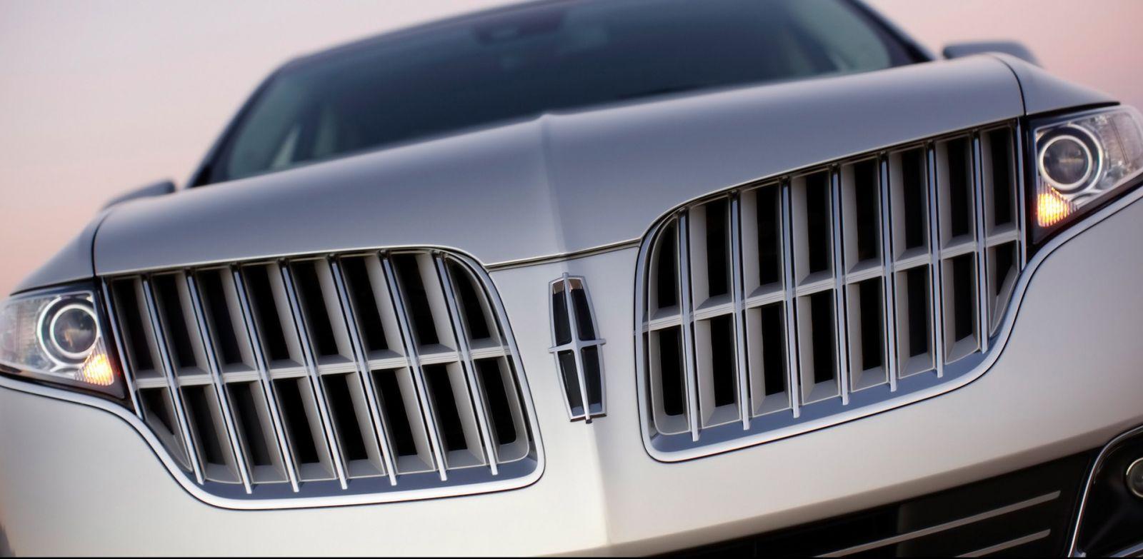 Lưới tản nhiệt ô tô Lincoln