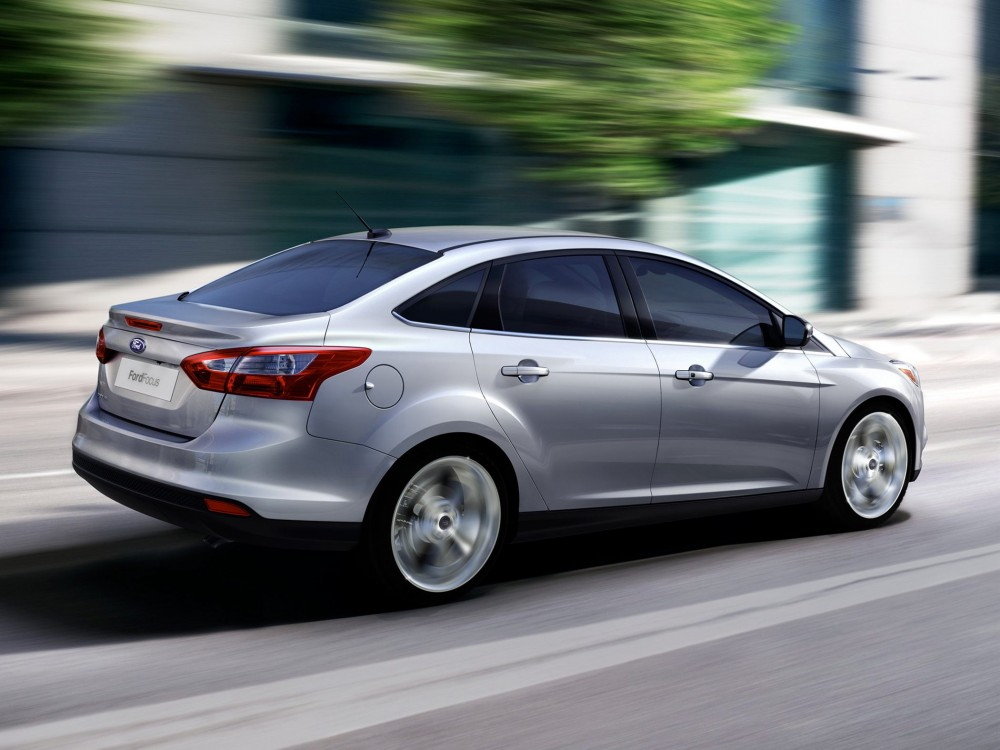 2013-ford-focus-sedan_0.png